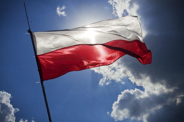 קביעת תור בשגרירות פולין
